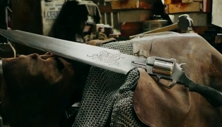 Check Out Squall's Real Life Gunblade From Final Fantasy VIII