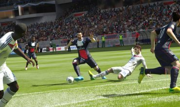 Video: Learn to defend in FIFA