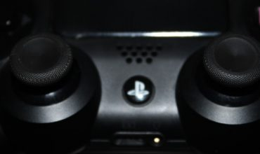 Video: Install Xbox One analogue sticks on your Dualshock 4