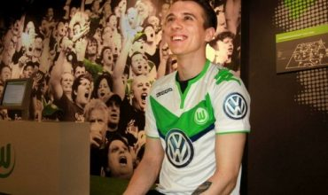 22 Year Old Brit Signs With VfL Wolfsburg… To Play FIFA