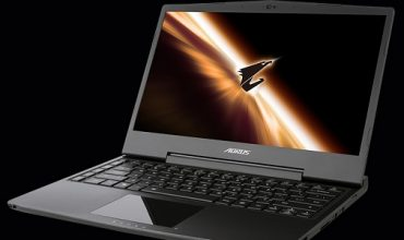 Aorus X3 Plus gaming laptop review