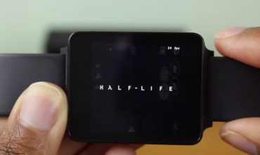 Yes, Half Life is running on a smart watch