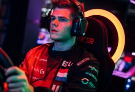 McLaren F1 team has signed a gamer as their simulation driver