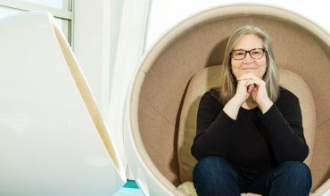 Amy Hennig confirms she left EA in January