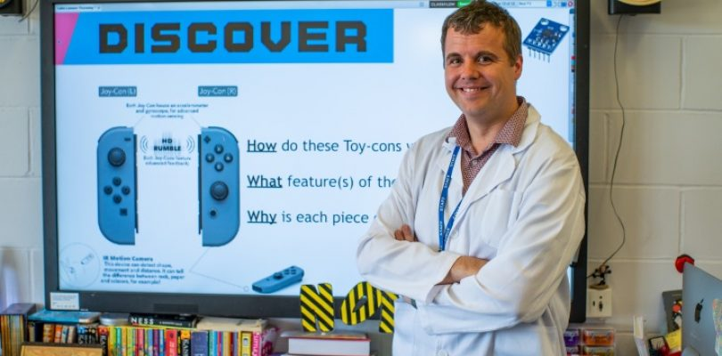 UK Teacher brings LABO to the classroom